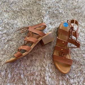 Steve Madden Girl Trina Lace Up Sandals Size 7.5